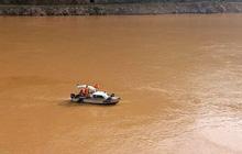 Lai Châu tìm thấy thi thể nạn nhân đầu tiên trong vụ lật thuyền