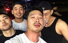Tài tử Yoo Ah In gây xôn xao vì vào bar đồng tính ở Trung Quốc, nghi vấn đi cùng bạn trai
