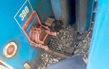 Đường sắt lại gặp sự cố, đoàn tàu đứt làm đôi