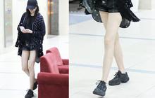 """Choáng với đôi chân """"cực phẩm"""" của bạn gái Luhan: Không chỉ dài mà còn siêu thon, trắng nõn nà"""