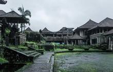 Khách sạn bỏ hoang bí ẩn trên đảo Bali: Hoàn hảo từ kiến trúc đến vị thế nhưng không bao giờ mở cửa