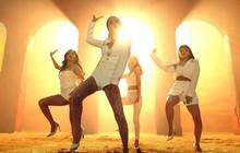 Vừa mang giày cao gót quyến rũ, 1s sau MAMAMOO bị fan phát hiện mang... dép lê nhảy trong MV mới