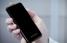 """Tỷ lệ """"thương vong"""" smartphone sẽ ít hơn nhờ thế hệ kính cường lực mới, chịu tối đa 15 cú thả rơi 1m"""