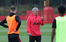 Mourinho công bố đội trưởng Man United, gạ Real Madrid đổi Martial
