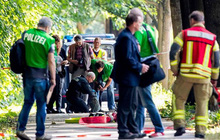 Tấn công bằng dao trên xe buýt ở Đức, 9 người bị thương