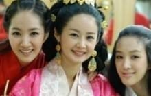 """Bức ảnh tưởng bình thường nhưng gây tranh cãi: Sao nữ U50 bị gọi là """"cáo"""" vì cố tình dìm Park Min Young?"""