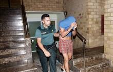 4 du khách Anh bị bắt tại Ibiza (Tây Ban Nha) vì nghi án đánh thuốc và cưỡng bức tập thể một phụ nữ 29 tuổi