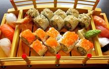 """Sài Gòn không thiếu những quán sushi giá rẻ cho mấy ngày """"xẹp ví"""" mà vẫn thèm ăn sang"""