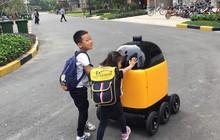 """Trung Quốc: Robot vận chuyển """"tiểu hoàng mã"""" đang đe dọa nghề shipper như thế nào?"""