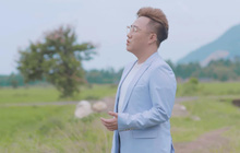 """""""Thánh Mưa"""" Trung Quân Idol đốn tim người nghe bằng giọng hát ngọt ngào trong MV mới về mẹ"""
