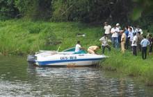 Hoảng hồn phát hiện người nước ngoài chết loã thể trên sông Hương