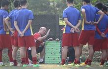 """Olympic Việt Nam bỏ ai trong đội hình """"siêu tấn công"""" khi gặp Nepal?"""