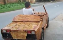 """""""Lamborghini mui trần gỗ"""" tự chế chạy thong dong ngoài đường nhận nhiều chú ý trên MXH"""
