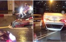 Hà Nội: Mất lái đâm vào dải phân cách, xế sang Lexus lật ngửa bụng giữa chân cầu vượt