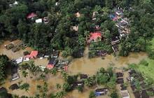 Ấn Độ đưa trực thăng và binh sĩ cứu những người còn mắc kẹt do lũ