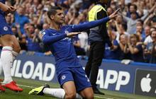Chelsea chiếm ngôi nhất bảng sau chiến thắng kịch tính trước Arsenal