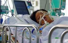Người mẹ Đồng Nai lặng lẽ chờ ngày bán nhà cứu con trai hôn mê gần 1 tháng, phổi tổn thương đến 80% sau một cơn sốt cao