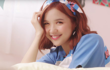 """""""Lật mặt"""" nhanh như Suni Hạ Linh trong MV mới: Đang chuẩn bị tỏ tình với anh này thì lại """"đổ"""" luôn trước anh khác trong 1 giây"""