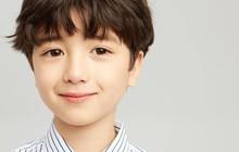 Tan chảy trước vẻ điển trai của cậu nhóc thiên thần lai Hàn - Nga