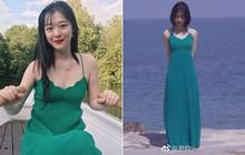 Sulli diện váy tươi tắn là vậy, nhìn sang Thẩm Nguyệt lại chỉ thấy bị dìm thảm thương