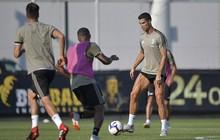 Ronaldo khoe cơ chân cuồn cuộn trong buổi tập của Juventus