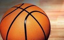 Từng chơi suốt nhưng bề mặt quả bóng rổ luôn có những chấm nhỏ - vì sao thế bạn biết không?