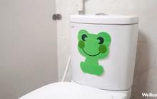 Có ai ngờ miếng dán chú ếch xanh nhìn vô dụng này lại chính là siêu nhân trong lĩnh vực hút mùi