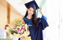 Á hậu Thùy Dung rạng rỡ trong ngày tốt nghiệp sau khi kết thúc nhiệm kỳ tại Hoa hậu Việt Nam