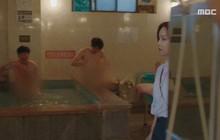 Đưa cảnh tắm công cộng của nam giới lên truyền hình, phim Hàn bị chỉ trích vì lí do không ngờ