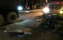 """TP. HCM: Tài xế container và người đi xe máy """"nói chuyện"""" bằng dao sau khi suýt gây tai nạn, 2 người thương vong"""