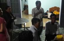 Đà Nẵng: Đi học về, con hoảng hồn phát hiện mẹ chết trên cũng máu, cha treo cổ