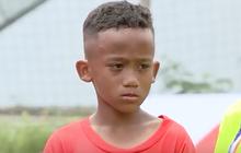 """Con trai cầu thủ Đinh Hoàng Max rơi nước mắt khi trượt top 10 """"Cầu thủ nhí 2018"""""""