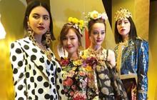 4 mỹ nhân hạng A đọ sắc cùng khung hình: Jessica và Nhiệt Ba nhìn như... nhi đồng bên chị đại Mai Davika
