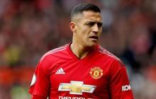 Thi đấu tệ hại, Sanchez bị fan Man United ví với... Bebe, Torres