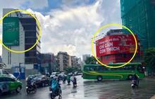 Góc cạnh tranh: Biển quảng cáo của hai hãng đồ uống ''dìm hàng'' nhau giữa ngã tư đường khiến nhiều người thích thú