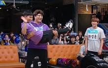 Shindong (Super Junior) dễ dàng vượt qua 2 đàn em Wanna One khi thi đấu Bowling
