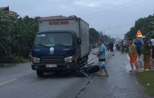 Nam sinh trường y chết thảm sau va chạm với xe tải
