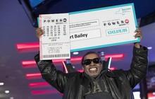 Người đàn ông trúng độc đắc gần 345 triệu USD nhờ đánh cược một dãy số suốt 25 năm