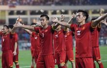 """Báo Malaysia: """"Hổ Mã Lai chết ở hang rồng Việt Nam"""", báo Thái Lan: """"Cuồng phong đỏ cuốn phăng đội khách"""""""