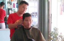 Người chuyên cắt tóc cho cầu thủ bóng đá: Anh Đức là người hoàn hảo