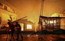 Hỏa hoạn thiêu rụi 600 ngôi nhà tạm tại Brazil