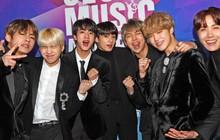 Dù chưa ra mắt nhưng tân binh của Big Hit đã được tiền bối BTS cưng chiều hết mực