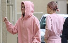 Vợ chồng Justin Bieber diện đồ đôi nguyên cây hồng mộng mơ ra phố, đã tiết lộ ngày làm đám cưới!
