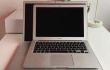 """Có phải Apple đang """"tiến hóa ngược"""": MacBook 12 năm trước viền màn hình còn mỏng hơn cả bây giờ!"""