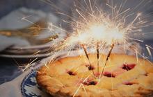 """Ngoài bánh gato, có biết bao cách """"đổi gió"""" mừng sinh nhật bằng những loại bánh hay ho khác này"""