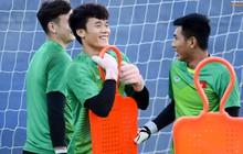 Phóng viên Hàn Quốc săn đón buổi tập của Việt Nam trước trận so tài với Jordan