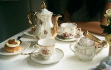 """Tiệc trà Anh: tưởng sang chảnh bậc nhất nhưng thực ra có nguồn gốc """"cứu đói"""" cho một quý tộc thích """"ăn cả thế giới"""""""