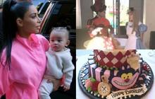 """""""Rich kid"""" nhà Kim Kardashian đón sinh nhật 1 tuổi bằng bữa tiệc mang phong cách cổ tích như công chúa đích thực!"""