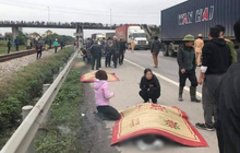Hải Dương: Xe tải lao vào đoàn đi viếng nghĩa trang liệt sĩ, 9 người chết, 3 người bị thương nằm la liệt trên đường