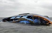 Lật thuyền quá tải ở Indonesia khiến 1 người chết, 12 người mất tích